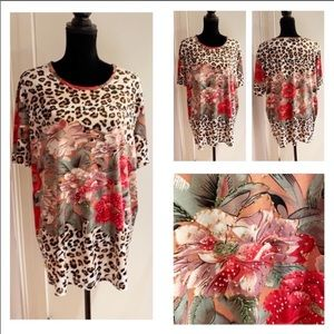 (22W) Leopard, Flowers & Beads Very Stretchy Top!!